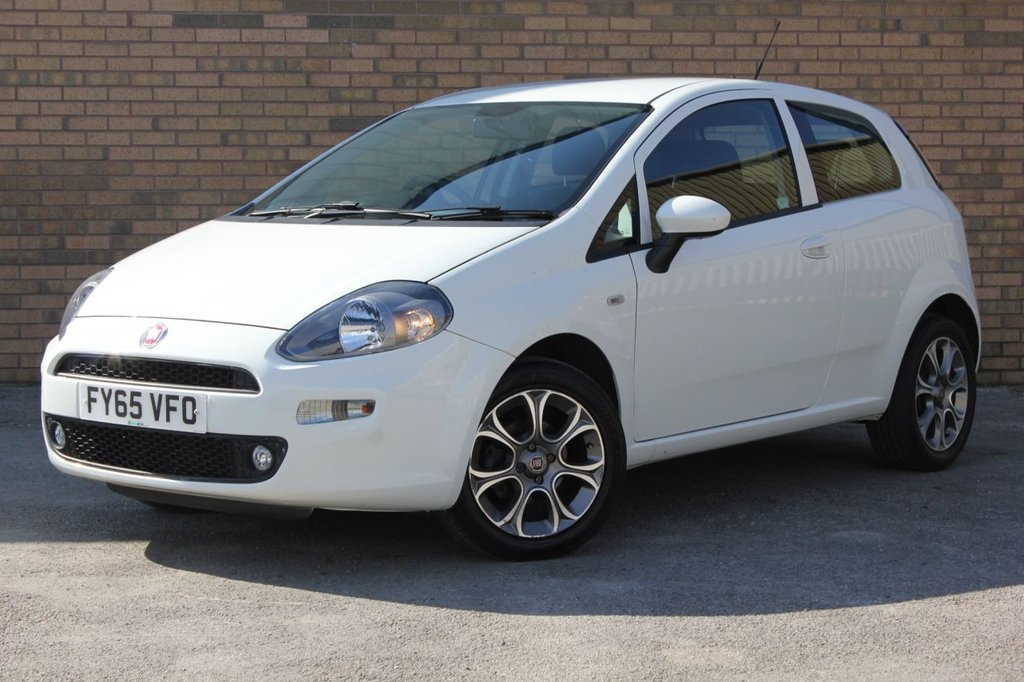 USED 2015 65 FIAT PUNTO 1.2 EASY PLUS 3d 69 BHP