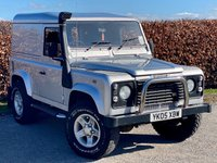 USED 2005 05 LAND ROVER DEFENDER 2.5 90 HARD-TOP TD5 * FOUR WHEEL DRIVE * SNORKEL * FIXED SIDE STEPS * HALF LEATHER