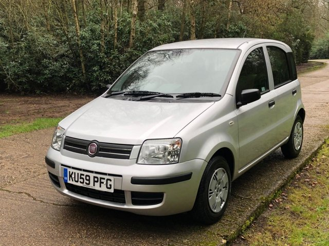 USED 2009 59 FIAT PANDA 1.2 DYNAMIC ECO 5d 60 BHP LOW MILEAGE -UK DELIVERY POSSIBLE