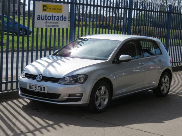 USED 2015 15 VOLKSWAGEN GOLF 1.6 MATCH TDI BLUEMOTION TECHNOLOGY 5d 103 BHP Front and rear parking sensors , Zero Road Tax