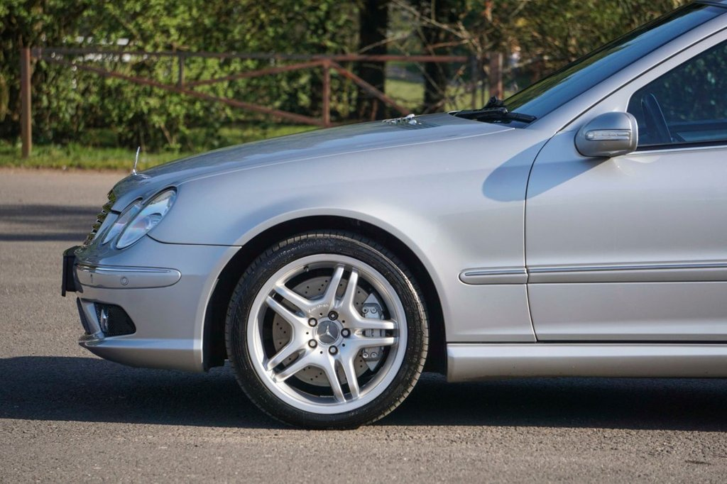 USED 2005 M MERCEDES-BENZ C-CLASS 5.4 C55 AMG 4d 363 BHP Rare Modern Classic in Excellent Condition