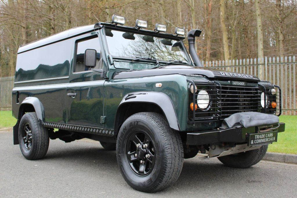 USED 1994 L LAND ROVER DEFENDER 2.5 110 TDI  2d A LOW MILEAGE DEFENDER WITH NO VAT TO BE ADDED