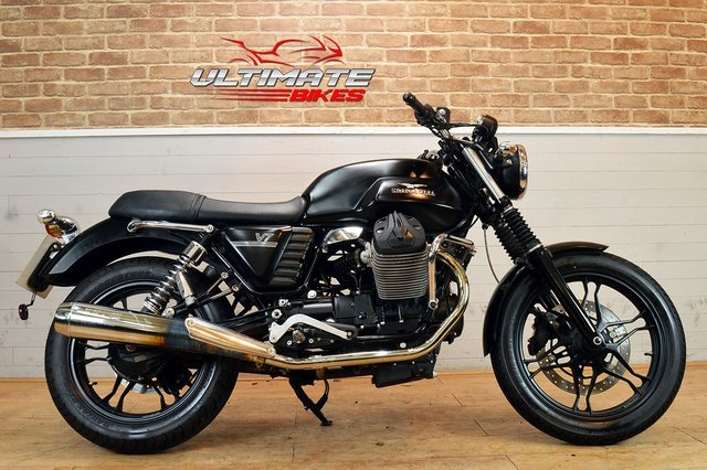 USED 2012 12 MOTO GUZZI V7 STONE  - FREE DELIVERY AVAILABLE