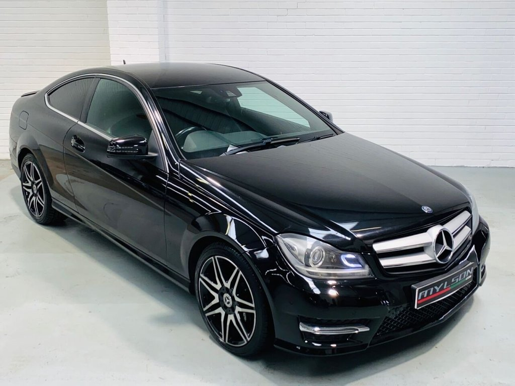 USED 2013 13 MERCEDES-BENZ C-CLASS 2.1 C220 CDI BLUEEFFICIENCY AMG SPORT PLUS 2d 168 BHP AMG Sport Plus Pack, Alcantara Upholstery with Red Stitching, Privacy Glass, Lip Spoiler