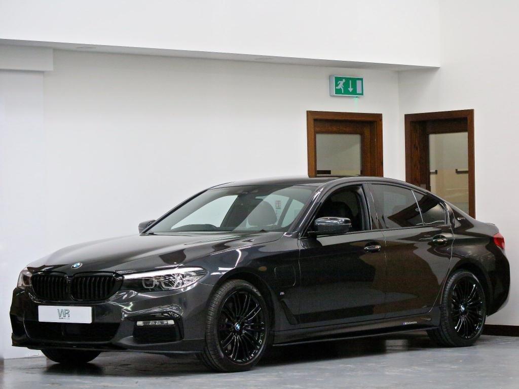 USED 2017 67 BMW 5 SERIES 2.0 530e iPerformance 9.2kWh M Sport Auto (s/s) 4dr SAT NAV + M PERFORMANCE + HUD