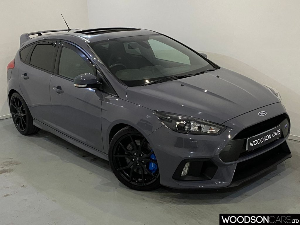 USED 2016 54 FORD FOCUS 2.3 RS 5d 346 BHP 1 Owner / Recaro Seats / Bluetooth / Blue Detailing Pack / 2 Keys / FSH