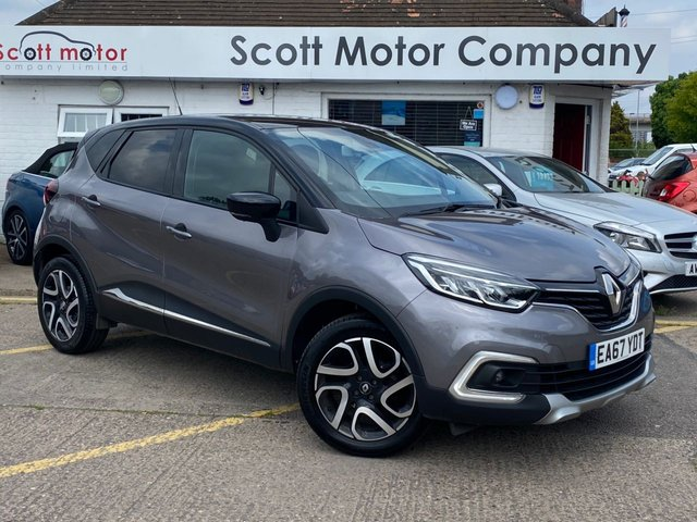 USED 2017 67 RENAULT CAPTUR 0.9 Dynamique S Nav TCE - only 8,000 miles!