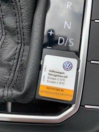 USED 2015 65 VOLKSWAGEN PASSAT 2.0 TDI BlueMotion Tech SE Business DSG (s/s) 5dr Nav/HeatedSeats/PanRoof/DAB