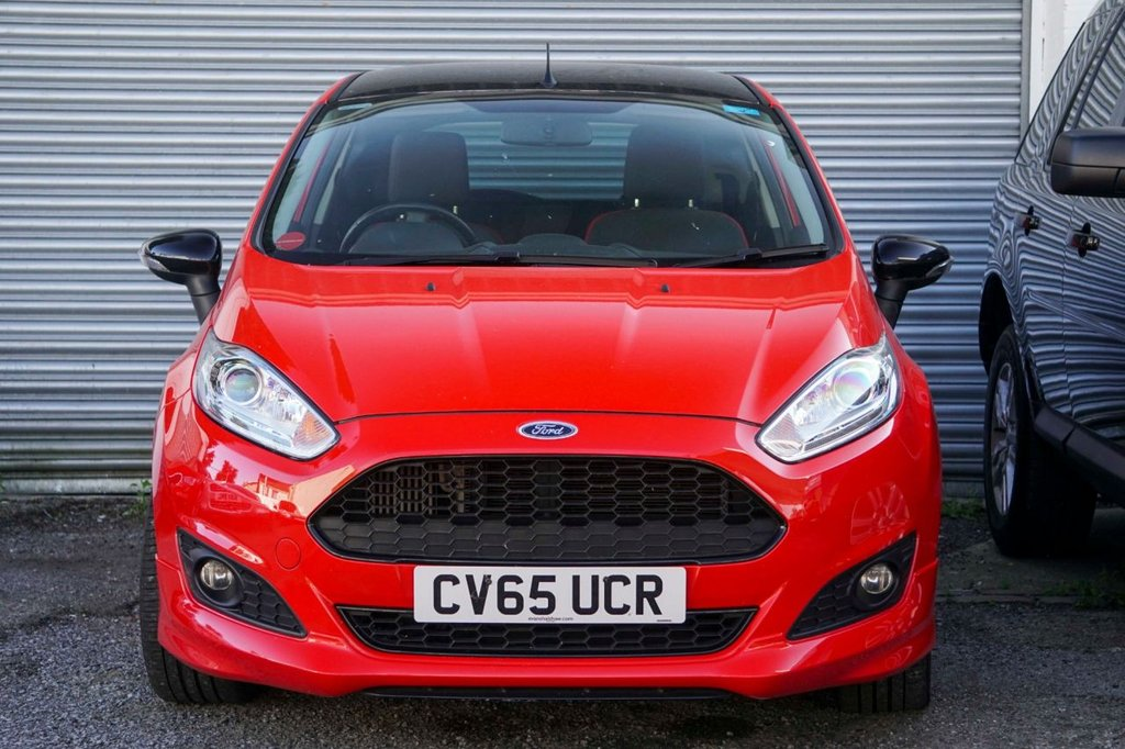 USED 2015 65 FORD FIESTA 1.0 ZETEC S RED EDITION 3d 139 BHP