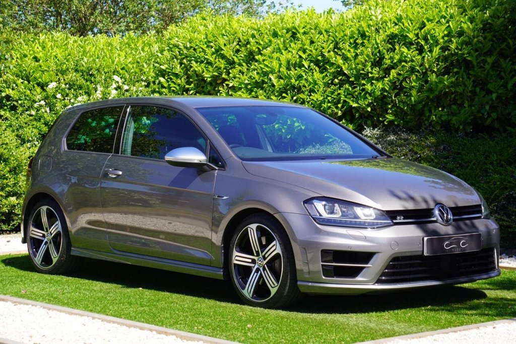 USED 2016 66 VOLKSWAGEN GOLF 2.0 R DSG 3d 298 BHP THIS GOLF R FEATURES A NEWLY INSTALLED AIRTEC INTERCOOLER RACING LINE INTAKE WITH A TURBO ELBOW AND R-TECH STAGE 1 MAP INCLUDING THE DSG GEARBOX WHICH NOW HELPS THE CAR PRODUCE 370BHP 385ftlb, WE HAVE THE DYNO GRAPH TO BACK THIS CLAIM UP ALONG WITH THE INVOICE FOR THE UPGRADES CARRIED OUT, THIS IS NOT YOUR RUN OF THE MILL UPGRADE IT'S BEEN PROFESSIONALLY FITTED BY THE EXPERTS, THIS CAR HAS OPTIONAL EXTRA'S SUCH AS THE ADAPTIVE CRUISE CONTROL, DIRECTIONAL XENON HEADLIGHTS, AUTO LIGHTS