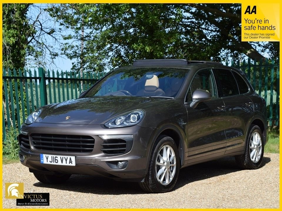 USED 2016 16 PORSCHE CAYENNE 3.0 D V6 TIPTRONIC S 5d 262 BHP **1 OWNER FROM NEW, FSH, ELECTRIC RETRACTABLE TRAILER HITCH**