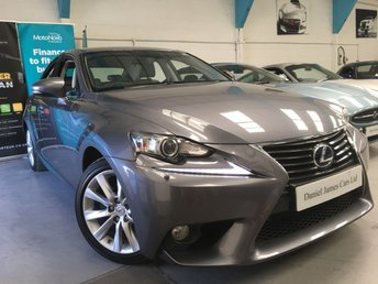 2014 LEXUS IS 2.5 300H LUXURY 4d 220 BHP