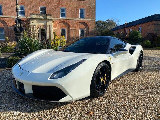 2016 F FERRARI 488 3.9 GTB 2d 660 BHP