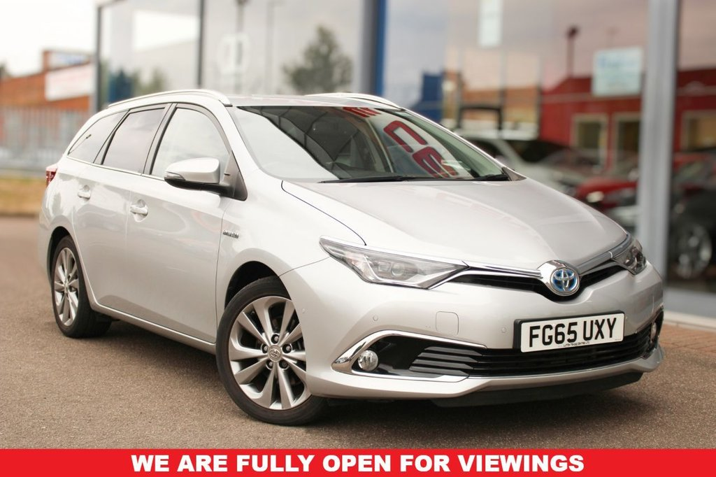 """USED 2015 65 TOYOTA AURIS 1.8 VVT-I EXCEL TOURING SPORTS 5d 99 BHP - EURO 6, NAV, HTD/LEATHER, IPA, DAB, CRUISE & 17"""" ALLOYS"""