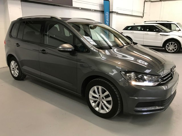 USED 2016 66 VOLKSWAGEN TOURAN 2.0 SE TDI BLUEMOTION TECHNOLOGY 5d 148 BHP