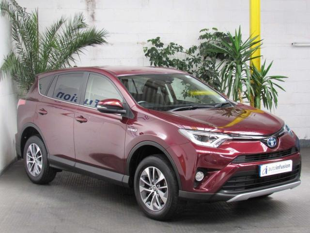 2017 66 TOYOTA RAV4 2.5 VVT-h Business Edition Plus CVT (s/s) 5dr (Safety Sense, Nav)