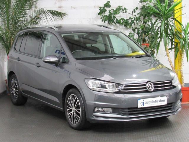 2016 66 VOLKSWAGEN TOURAN 1.6 TDI BlueMotion Tech SE Family DSG (s/s) 5dr