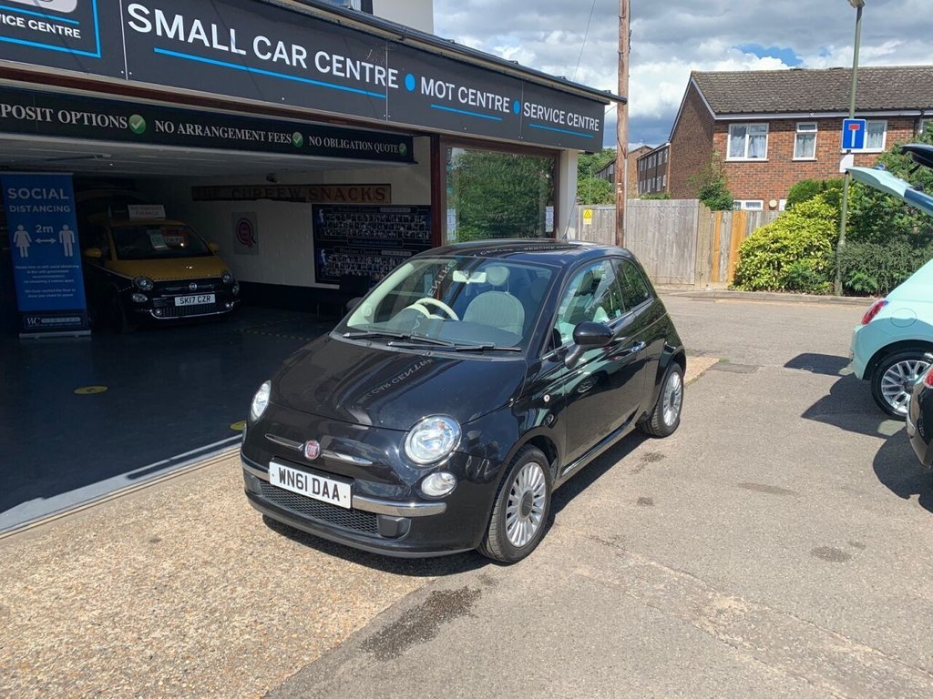 USED 2011 61 FIAT 500 1.2 LOUNGE 3d 69 BHP PANROOF - AIRCON - USB - BLUETOOTH