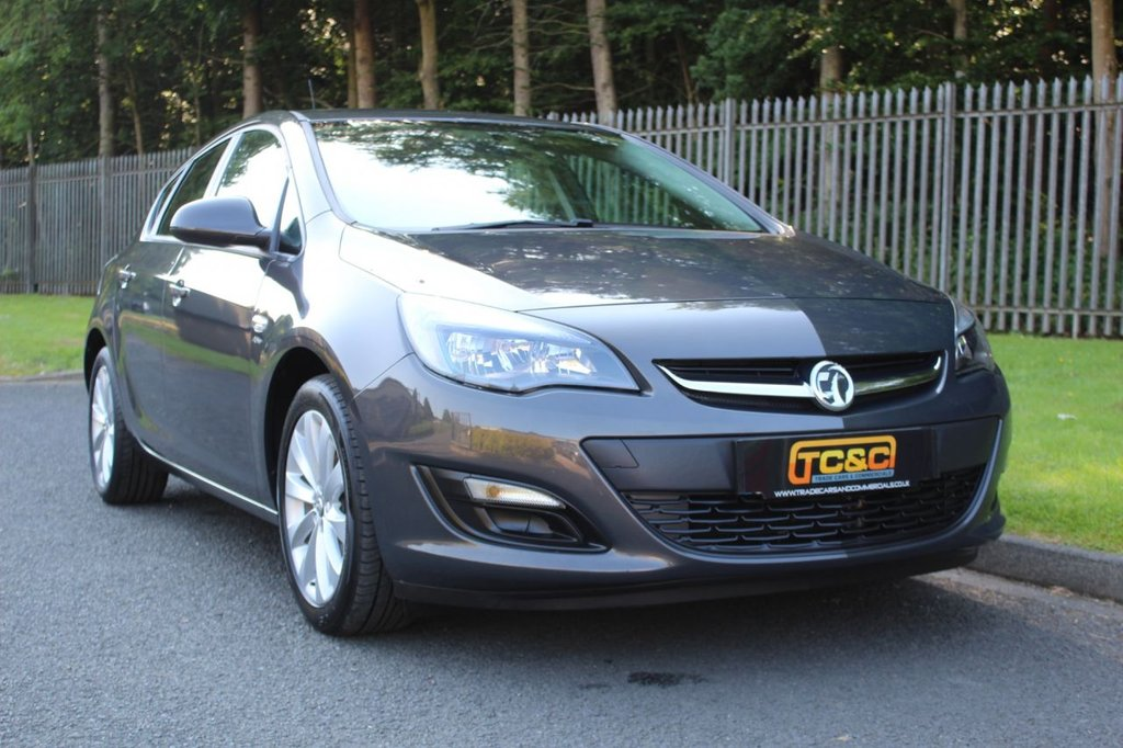 USED 2012 VAUXHALL ASTRA 1.6i 16V Active 5dr A LOW MILEAGE ASTRA WITH COMPREHENSIVE SERVICE HISTORY!!!