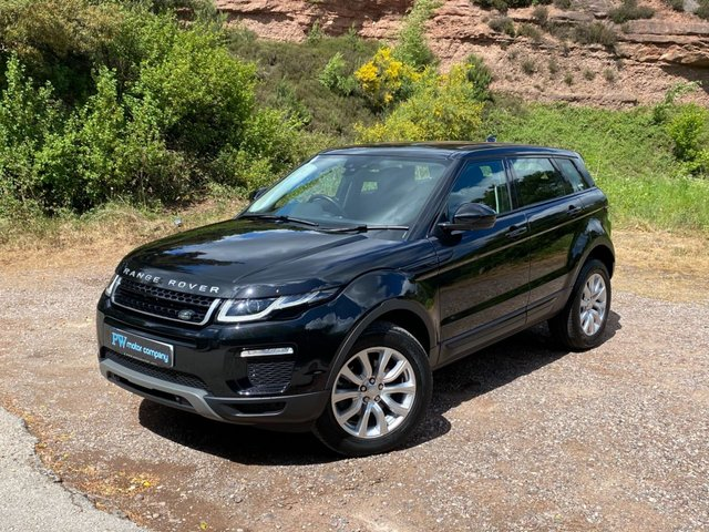 USED 2017 17 LAND ROVER RANGE ROVER EVOQUE 2.0 TD4 SE TECH 5d 177 BHP FULL LEATHER SAT NAV