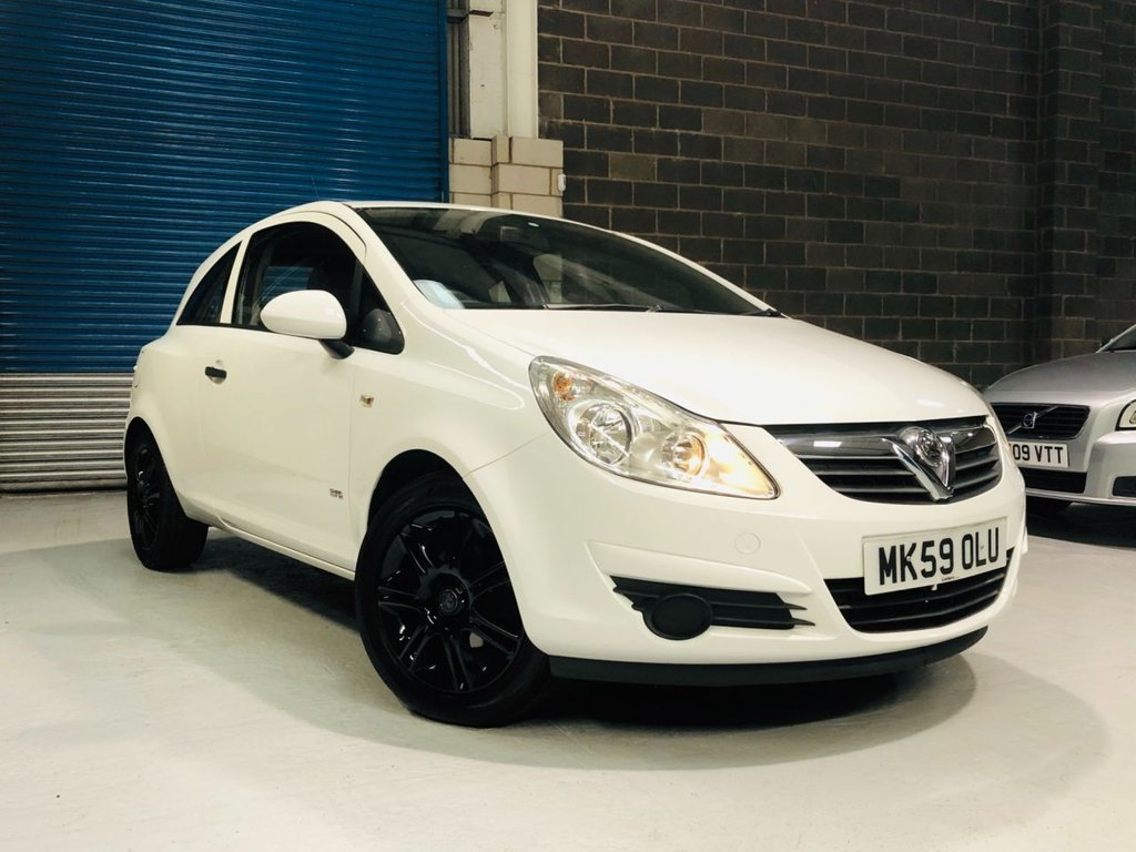 USED 2009 59 VAUXHALL CORSA 1.0 LIFE 3d 60 BHP Low Genuine Mileage / Gloss Black Alloy Wheels / 1 Owner From New