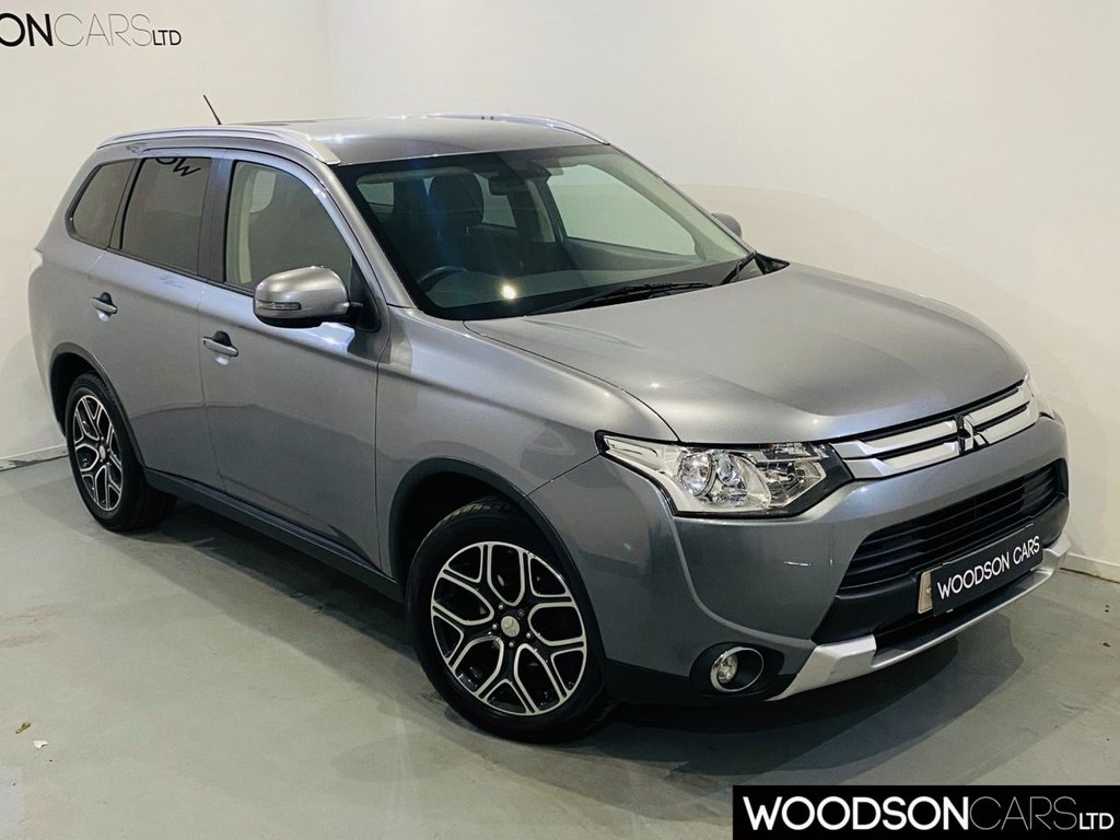 USED 2015 65 MITSUBISHI OUTLANDER 2.3 DI-D GX 3 5d 147 BHP Bluetooth / 1 Company Owner From New / Isofix / Cruise Control / Parking Sensors