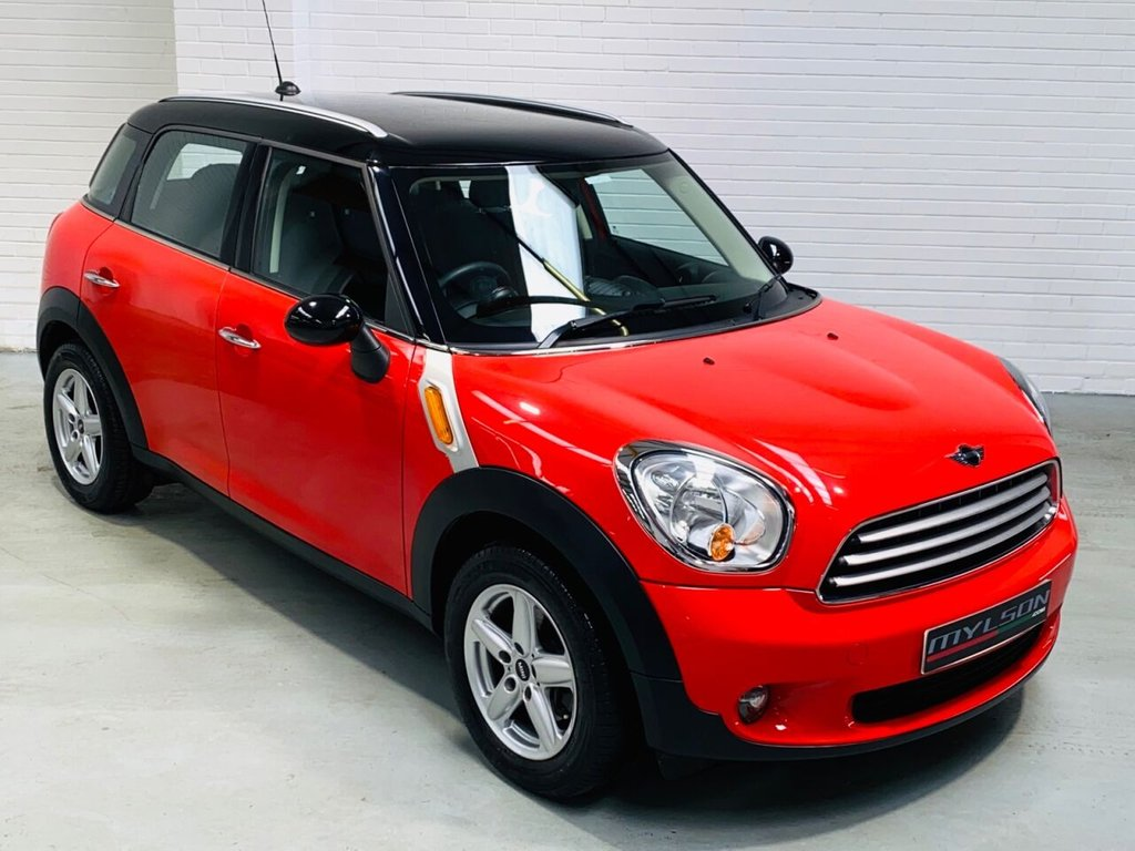 USED 2011 61 MINI COUNTRYMAN 1.6 COOPER 5d 122 BHP Full MINI Service History, Ultra Low Mileage, AA Inspection Passed