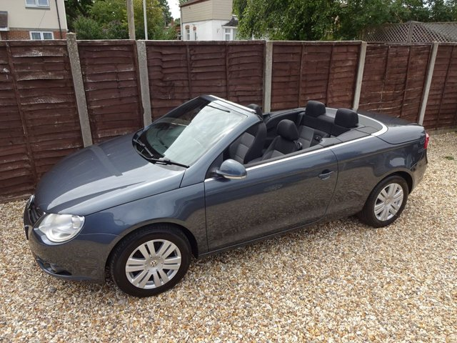 USED 2008 08 VOLKSWAGEN EOS 2.0 FSi COUPE CONVERTIBLE *LOOK*A/C*ALLOYS*6SPD*LONG MOT*SERVICE HISTORY*