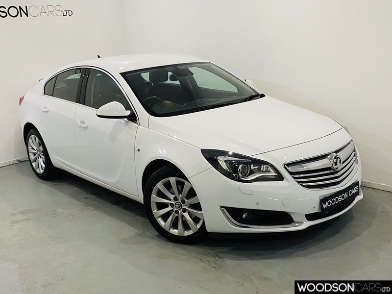USED 2015 15 VAUXHALL INSIGNIA 2.0 ELITE NAV CDTI 5d 160 BHP DAB Radio / Sat Nav / Bluetooth / 1 Previous Owner / New Tyres Just Fitted