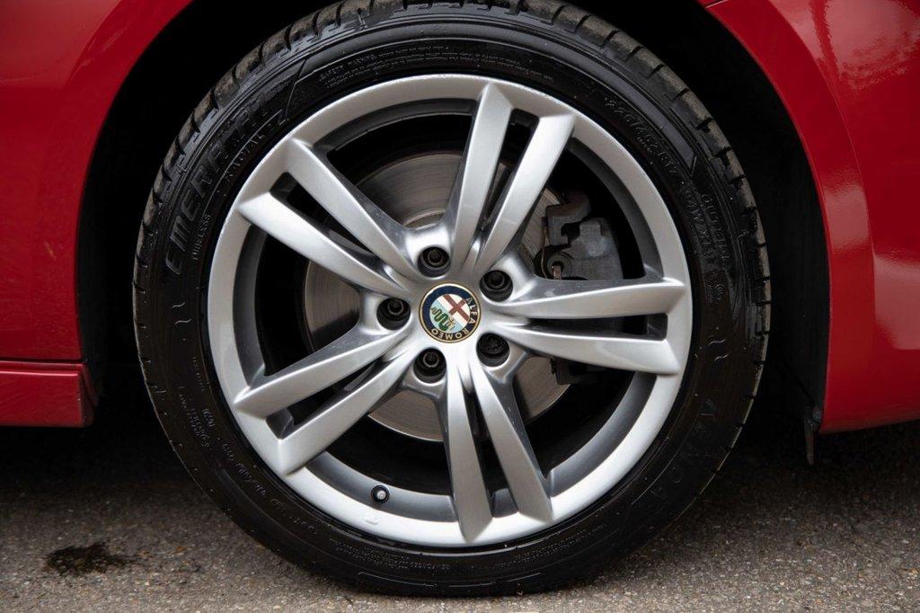 USED 2014 14 ALFA ROMEO GIULIETTA 1.4 TB MULTIAIR EXCLUSIVE 5d 170 BHP