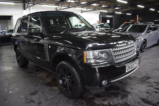 USED 2010 60 LAND ROVER RANGE ROVER 3.6 TDV8 VOGUE 5d 271 BHP STUNNING CONDITION THROUGHOUT - 8 STAMPS TO 92K - LEATHER - NAV - TV WITH DUAL VIEW - PRIVACY - 20 INCH ALLOYS - SUNROOF