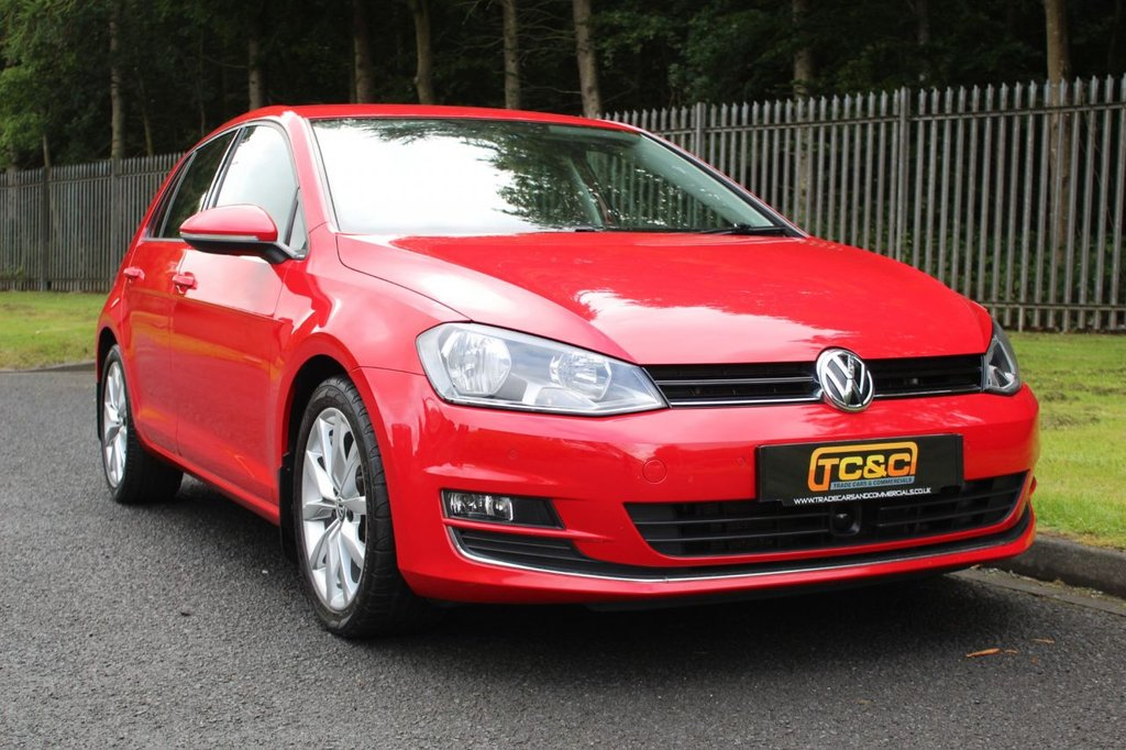 USED 2013 63 VOLKSWAGEN GOLF 2.0 GT TDI BLUEMOTION TECHNOLOGY 5d 148 BHP A VERY CLEAN EXAMPLE WITH FULL SERVICE HISTORY AND A GOOD SPECIFICATION!!!