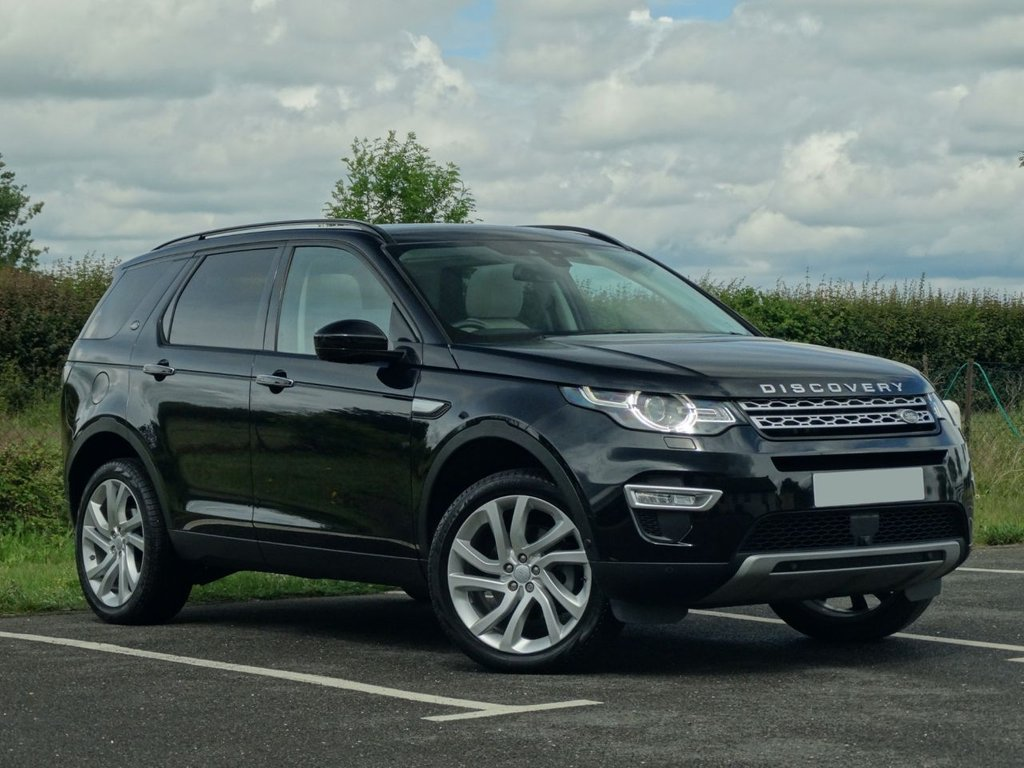 USED 2017 17 LAND ROVER DISCOVERY SPORT 2.0 TD4 HSE LUXURY 5d 180 BHP