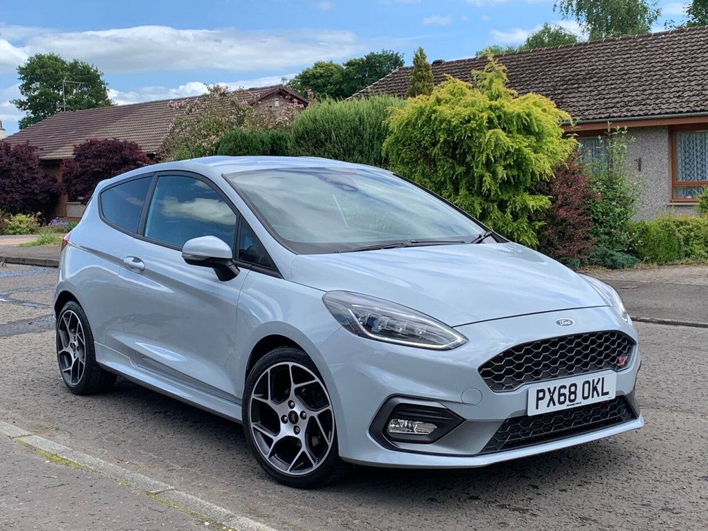 USED 2018 68 FORD FIESTA 1.5 ST-2 3d 198 BHP CAR FINANCE AVAILABLE+SATELLITE NAVIGATION+CRUISE CONTROL+BLUETOOTH+RECARO FONT SEATS