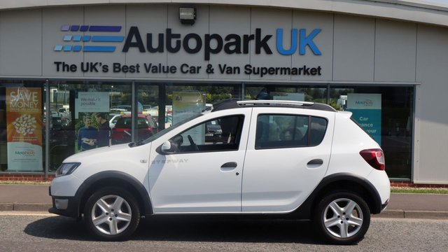 USED 2014 14 DACIA SANDERO 0.9 STEPWAY AMBIANCE TCE 5d 90 BHP LOW DEPOSIT OR NO DEPOSIT FINANCE AVAILABLE