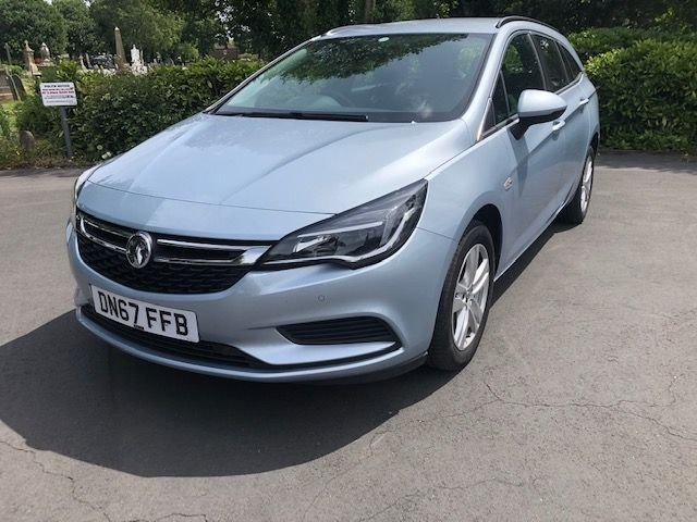 USED 2017 67 VAUXHALL ASTRA 1.6 TECH LINE NAV CDTI S/S 5d 134 BHP Buy Online. Nationwide Delivery