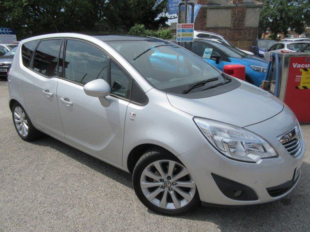 USED 2014 63 VAUXHALL MERIVA 1.4 SE 5d 118 BHP We have a two ownwer petrol Vauxhall Meriva with a high trim level that includes a panoramic roof half leather front & rear park sensors & much more Our prices are competitive in our local market area . We have workshop facilities .Free loan car use . We offer a service plan for just £12.50 per month details online . Part Exchange welcome . . Flexible finance arrangements AA warranty included . Book a test drive today Thanks for looking .