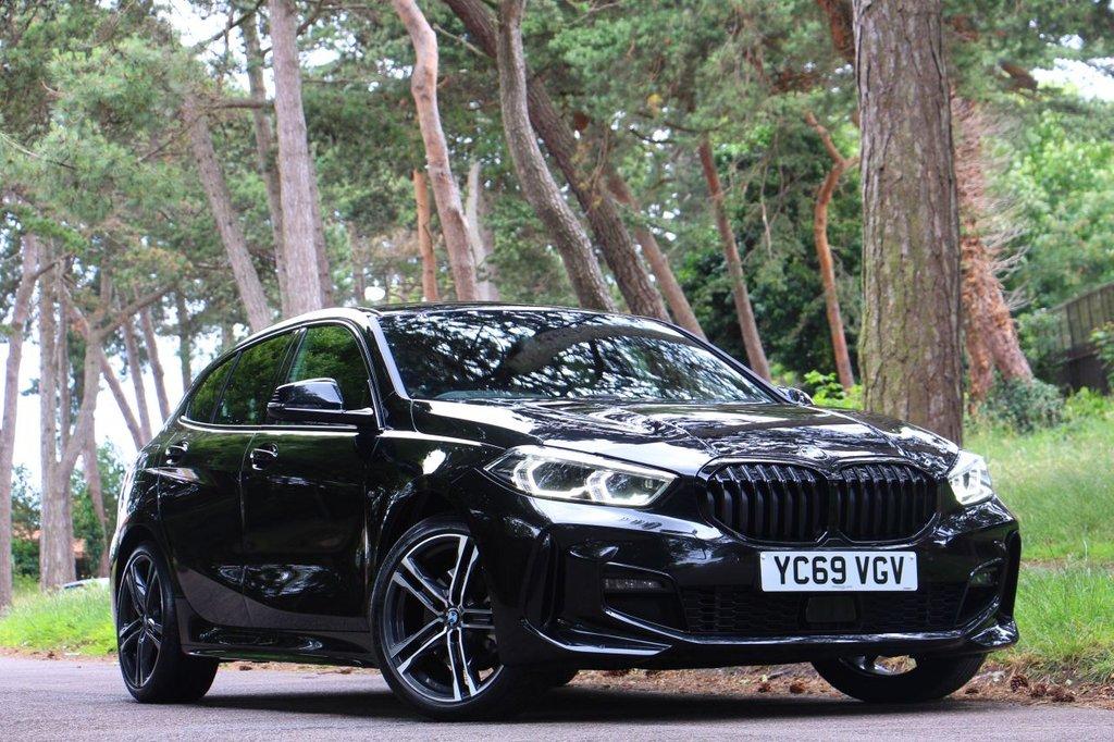USED 2019 69 BMW 1 SERIES 118i M SPORT 5 Door 140 BHP
