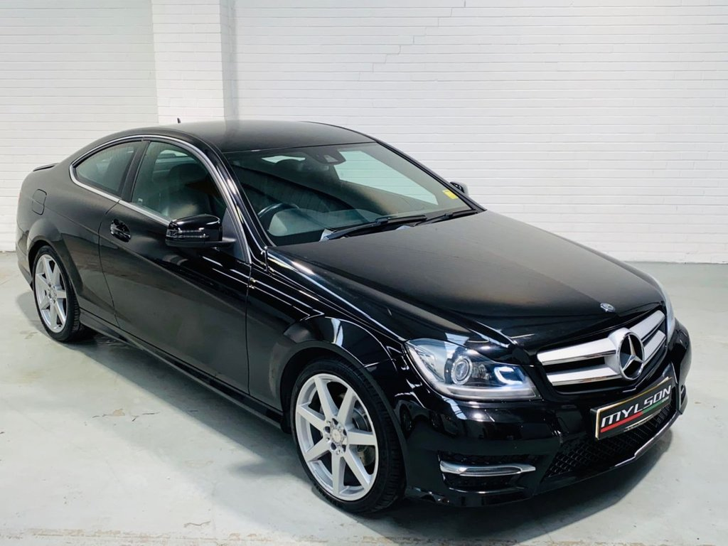 USED 2014 14 MERCEDES-BENZ C-CLASS 2.1 C250 CDI AMG SPORT EDITION PREMIUM PLUS 2d 202 BHP Top Spec Model with Glass Panoramic Roof, COMAND Online Media, Reverse Camera, Heated Leather Interior