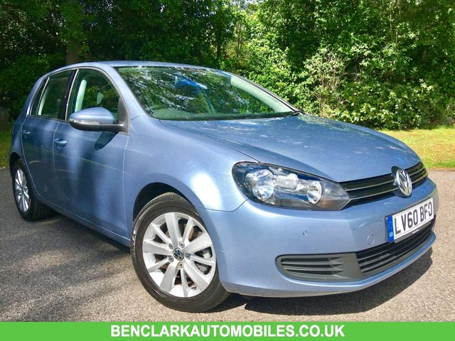 2010 60 VOLKSWAGEN GOLF 1.4 SE TSI DSG 5d AUTO 121 BHP ONLY 14,500 MILES/// YES 14,500 MILES/ 1 PRIVATE OWNER/X6 VW MAIN DEALER SERVICE STAMPS/SATALITE NAVIGATION