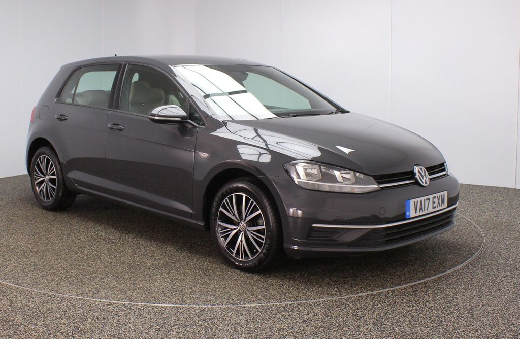 USED 2017 17 VOLKSWAGEN GOLF 1.6 SE TDI BLUEMOTION TECHNOLOGY 5DR 1 OWNER 114 BHP SERVICE HISTORY + PARKING SENSOR + BLUETOOTH + CRUISE CONTROL + AIR CONDITIONING + MULTI FUNCTION WHEEL + DAB RADIO + ELECTRIC WINDOWS + ELECTRIC MIRRORS + ALLOY WHEELS
