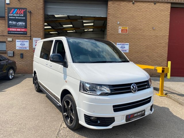 2015 15 VOLKSWAGEN TRANSPORTER 2.0 T32 TDI SPORTLINE KOMBI 177 BHP 60TH ANNIVERSARY EDITION SPORTLINE KOMBI WITH FVWSH PRICE IS PLUS VAT TIMING BELT WATER PUMP DONE BY OUSELVES .SOLD TO MICHAEL FROM SWADLINCOTE .