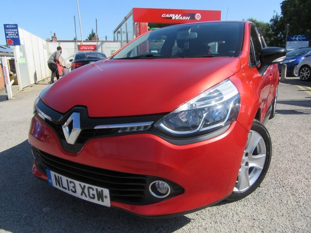 USED 2013 13 RENAULT CLIO 0.9 DYNAMIQUE MEDIANAV ENERGY TCE S/S 5d 90 BHP This is a price range car looks & drives great Condition all round is very good Bluetooth alloys Air con Well serviced  Our prices are competitive in our local market area . We have workshop facilities .Free loan car use . We offer a service plan for just £12.50 per month details online . Part Exchange welcome . . Flexible finance arrangements AA warranty included . Book a test drive today Thanks for looking .