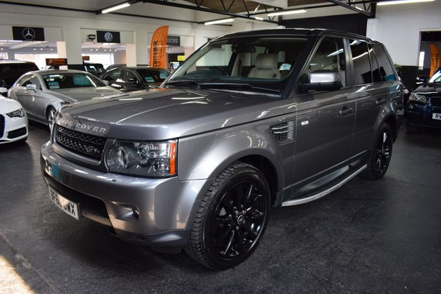 USED 2010 60 LAND ROVER RANGE ROVER SPORT 3.0 TDV6 HSE 5d 245 BHP LOW MILES - 8 STAMPS TO 60K - LEATHER - NAV - REAR DVD SCREENS - SIDE STEPS - EXTENDED LEATHER - SIDE STEPS - 20 INCH ALLOYS