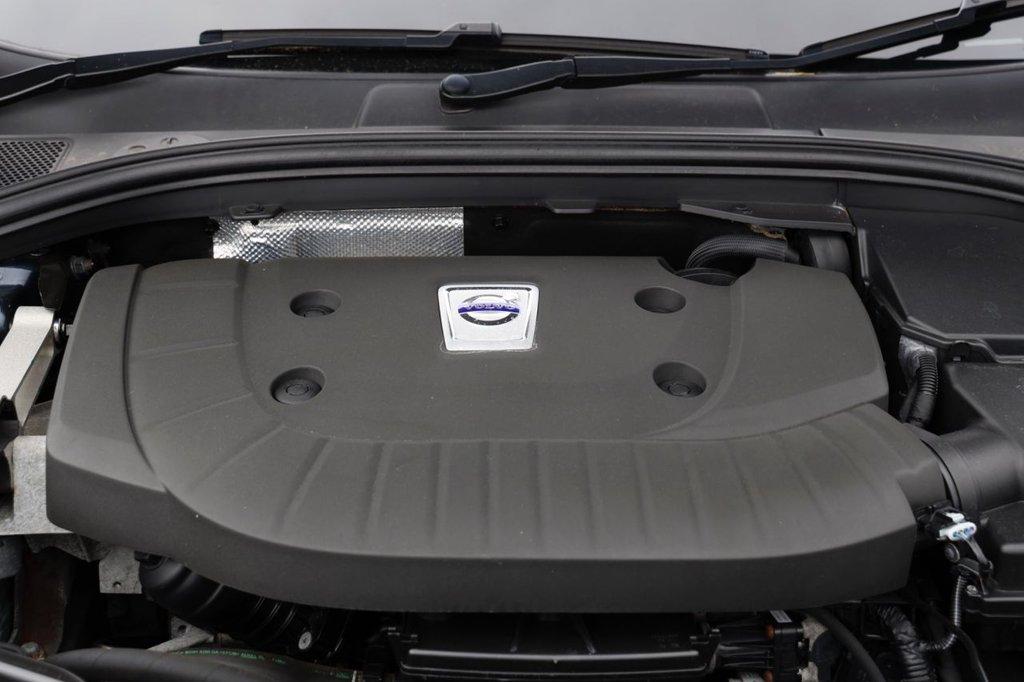 USED 2013 13 VOLVO XC60 2.4 D5 SE LUX NAV AWD 5d 212 BHP