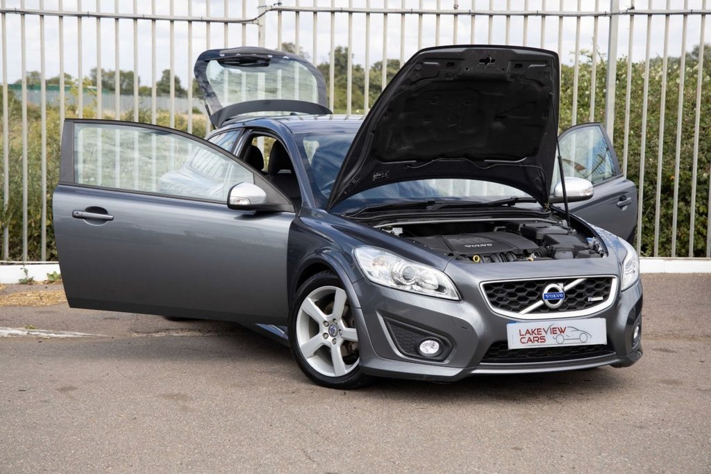 USED 2012 12 VOLVO C30 2.0 R-DESIGN 3d 143 BHP