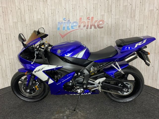 YAMAHA R1 at Rite Bike
