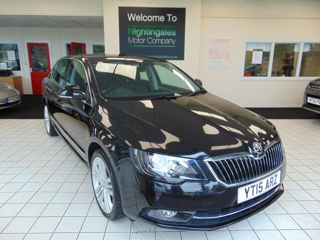 USED 2015 15 SKODA SUPERB 2.0 ELEGANCE TDI CR DSG 5d 168 BHP AUTOMATIC ONE OWNER + SERVICE HISTORY + MARCH 2021 MOT + SATELLITE NAVIGATION + BLUETOOTH + FULL LEATHER TRIM + HEATED FRONT SEATS + REMOTE CENTRAL LOCKING + ELECTRIC WINDOWS + ELECTRIC HEIGHT ADJUSTABLE DRIVERS SEAT WITH MEMORY + PRIVACY GLASS + ALLOY WHEELS + DAYTIME RUNNING LIGHTS + ALARM