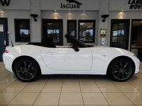 USED 2018 18 MAZDA MX-5 2.0 SE-L NAV 2d 158 BHP FINISHED IN STUNNING OPTIC WHITE WITH CONTRASTING DARK GREY CLOTH SEATS, HIGHLIGHTED BY VIVID RED STITCHING + A ONE OWNER FROM NEW LOW MILEAGE GEM OF A ROADSTER + MAZDA MAIN DEALER SERVICE HISTORY + SATELLITE NAVIGATION + SPORTS SEATS + CLIMATE CONTROLLED AIRCONDITIONING + ELECTRICALLY ADJUSTABLE MIRRORS + MULTI FUNCTION STEERING WHEEL + UNMARKED PIANO BLACK MULTISPOKE ALLOY WHEELS + AUX CONNECTION + CD MEDIA + CRUISE CONTROL + SHOWROOM CONDITION THROUGHOUT