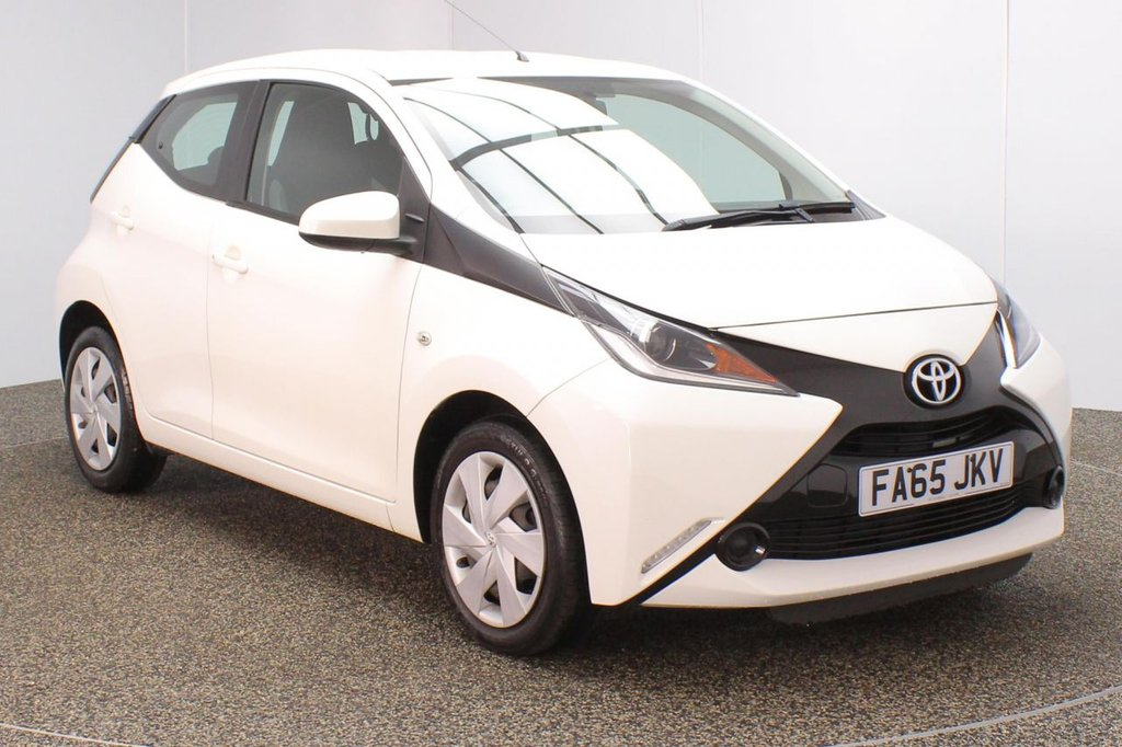 USED 2016 65 TOYOTA AYGO 1.0 VVT-I X-PLAY 5DR 69 BHP SERVICE HISTORY + FREE 12 MONTHS ROAD TAX + BLUETOOTH + CRUISE CONTROL + AIR CONDITIONING + MULTI FUNCTION WHEEL + RADIO/AUX/USB + ELECTRIC WINDOWS + ELECTRIC MIRRORS